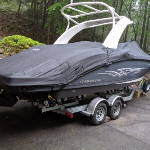 2009-2019 Chaparral 264 Sunesta 264 high windshield, with Arch Mooring Cover Outer Armor Black